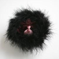 petite créature dans nid de fourrure, 1, 2012