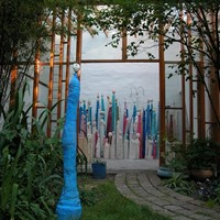 créatures bleues, ciment teinté, rue du tage 2010
