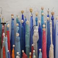 créatures bleues, ciment teinté, rue du tage, 2013