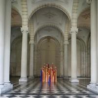 les folles d'enfer, cloître du musée des Beaux Arts d'Arras, été 2013.